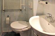 N47686_toaleta v přízemí