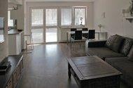 N47686_obývací pokoj_