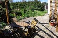 Sezení + venkovní terasa