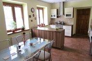 N47725_kuchyň s jídelnou vchod na chodbu