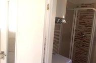 N47752_vchod do koupelny