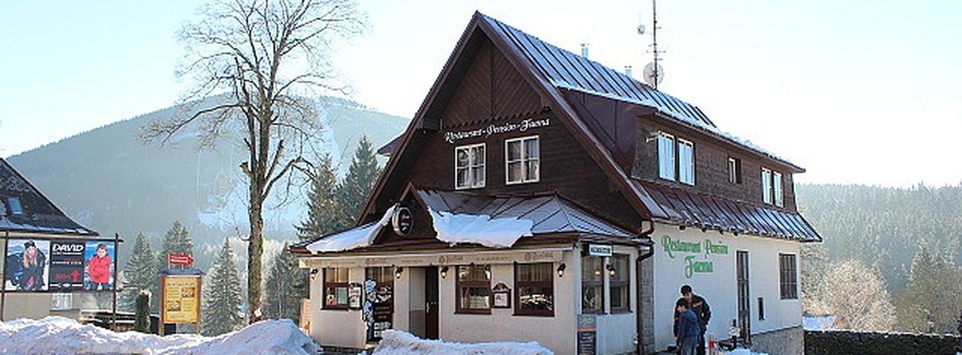 Prodej penzionu s restaurací v centru Harrachova ., Ev.č.: N47804
