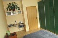N47806_ložnice s pracovním koutem