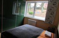N47806_ložnice s vestavěnou skříní