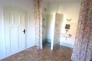N47810_ložnice vchod na chodbu