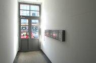 N47669_hl.vchod z domu ven