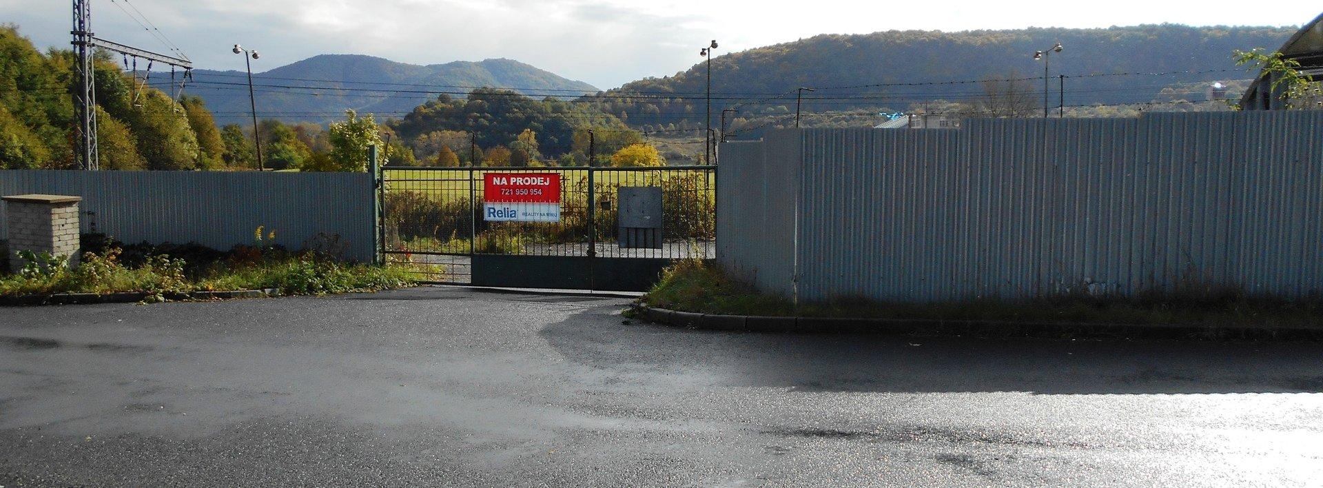 Prodej venkovní skladovací plochy včetně haly, Ev.č.: N47851