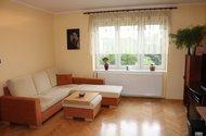 N47865_obývací pokoj