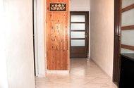 N47880_chodba v bytě
