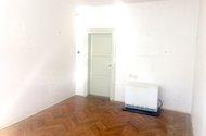 N47883_1.pokoj vchod do chodby
