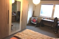 N47887_pokoj dveře do kuchyně