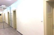 N47598_šatní skříň a vstupy do pokojů
