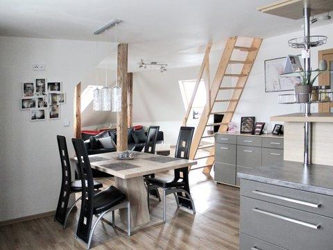 Prodej nadstandardního atypického bytu 4KK + obytné podkroví, 147 m²