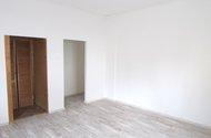N47974_pokoj s šatnou