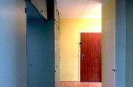 N47990_chodba vstup do bytu