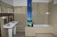 N48017_2NP_koupelna