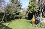 N48017_zahrada za domem