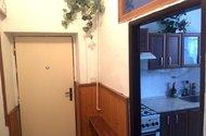N48047_hlavní vstup do bytu