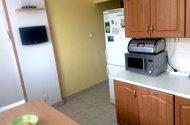 N48056_kuchyň vchod do chodby