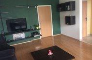 N48056_vchod do ložnice a chodby