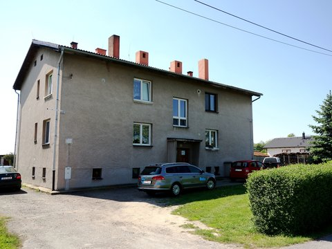 Pěkný byt 3+kk s dvojgaráží, pergolou a zahradou – Kasalice