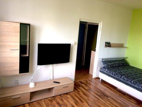 Pronájem zařízeného bytu – JBC – Mšeno, ul. B. Němcové