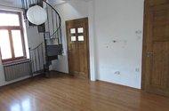 N47905_OP vchod do pokoje a chodby