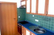 N48122_kuchyň