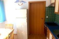 N48122_kuchyň s jídelnou