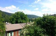 N48127_výhled z okna