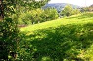 N48127_pohled do zahrady od sklípku