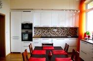 N48132_kuchyně