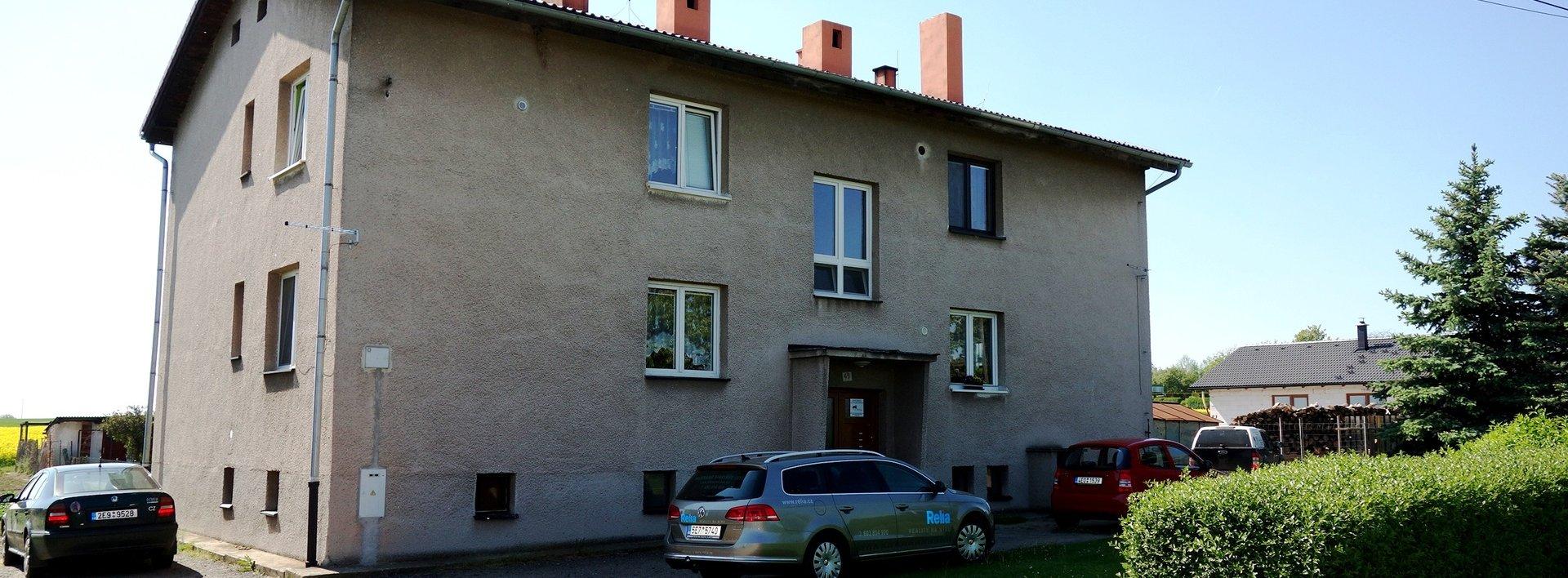 Pronájem pěkného bytu 3+kk s dvougaráží, pergolou a zahradou - Kasalice, Ev.č.: N48214