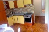 N48097_kuchyň s jídelnou