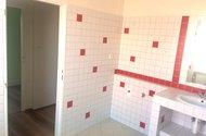 N48096_koupelna vstup do předkoupelny