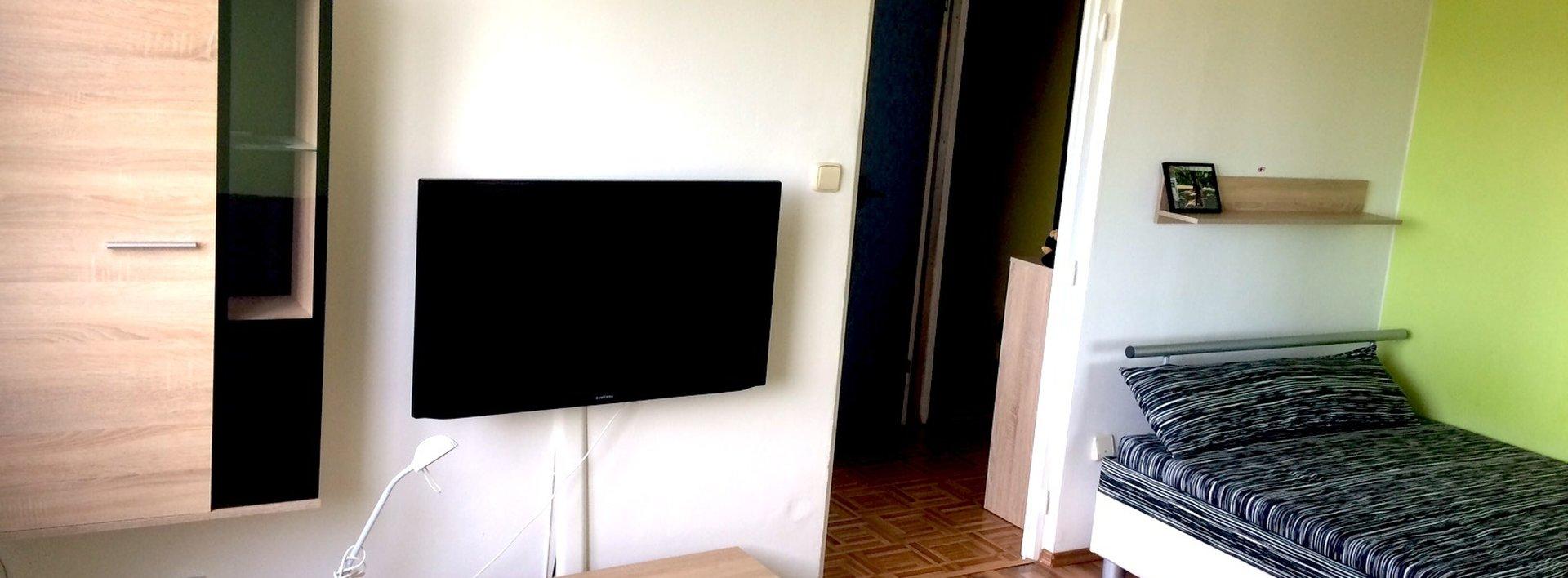 Pronájem zařízeného bytu 1+1, 34 m² - JBC - Mšeno, ul. B. Němcové