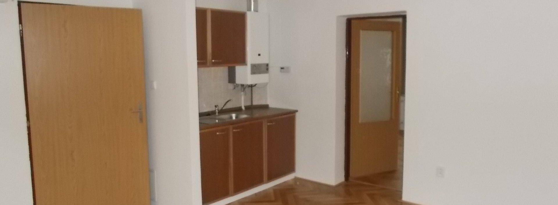 Pronájem obchodního prostoru 45 m², Husova, Liberec, Ev.č.: N48982