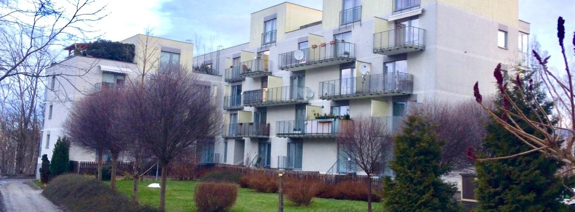 Pronájem bytu 1+1, 65 m2 s balkonem a možnost garáže - Liberec, ul. Hedvábná, Ev.č.: N49188