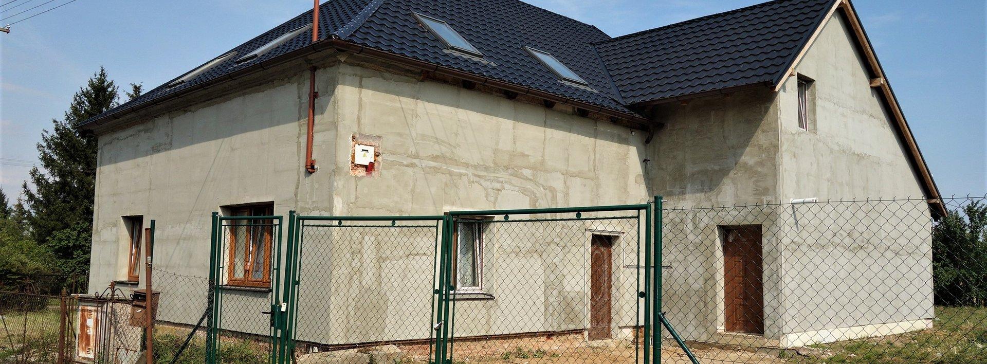 Větší dům v rekonstrukci - Rohovládova Bělá, 1427 m2, Ev.č.: N48191