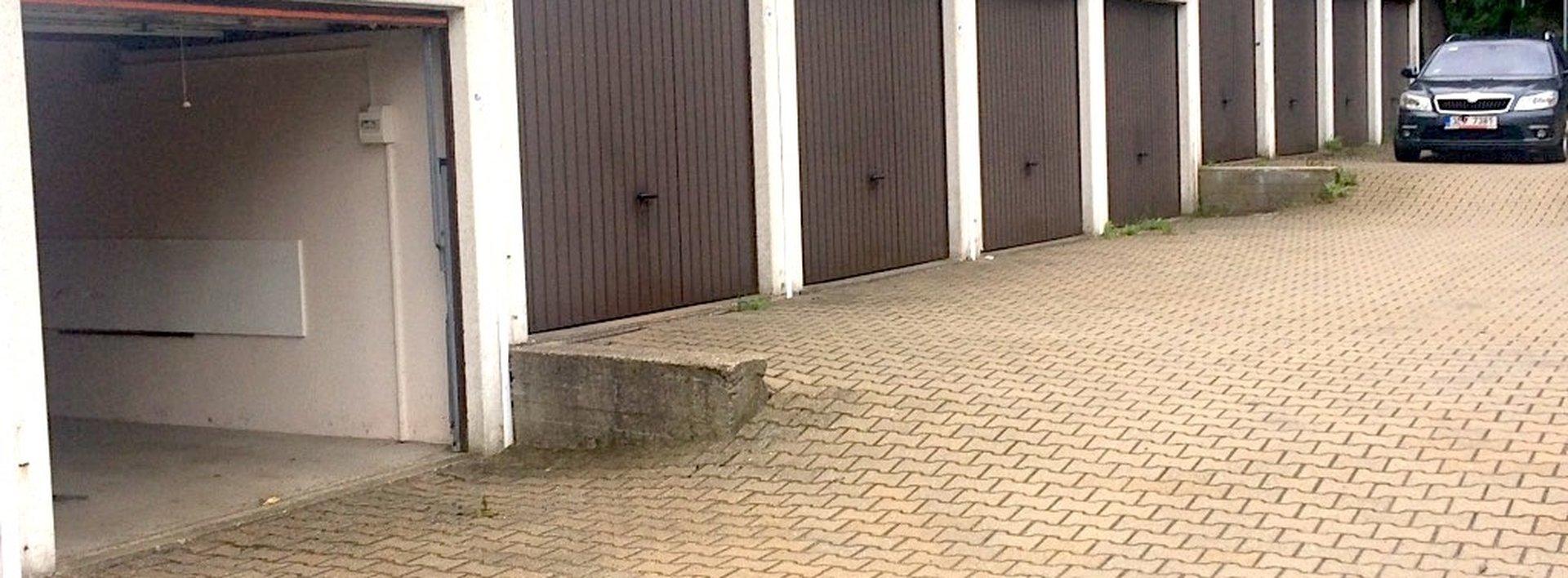 Pronájem garáže 16m2 - Liberec, Doubí, ul. Hůlkova, Ev.č.: N48196