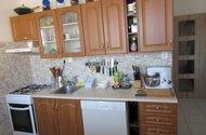 N48270_Kuchyňská linka vstup do chodby