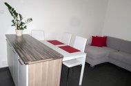 N4836_=ložný pult,jídelní stůl, sedací souprava