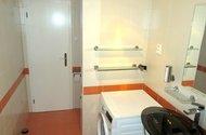 N48316_Koupelna, dveře do chodby