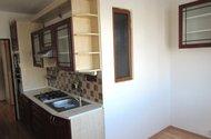N48364_kuchyň v stup do chodby