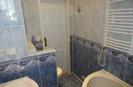 N48364_koupelna,wc dveře do chodby