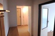 N48375_chodba vstup do ložnice