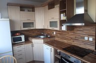 N48385_kuchyň