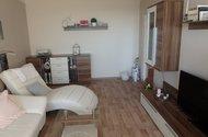 N48385_obývací pokoj