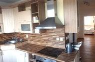 N48385_kuchyň o chodby