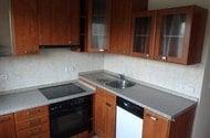 N48420_kuchyň